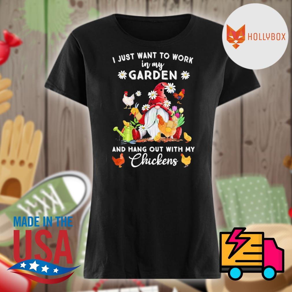 Gnomie I just want to work on my farm and hang out with my chickens s V-neck