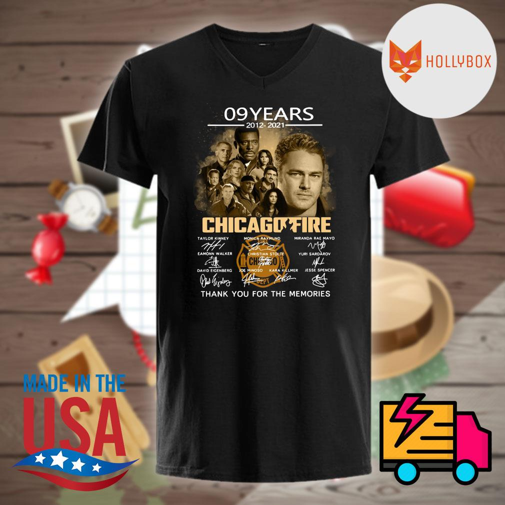 09 years 2012 2021 Chicago Fire signatures thank you for the memories shirt