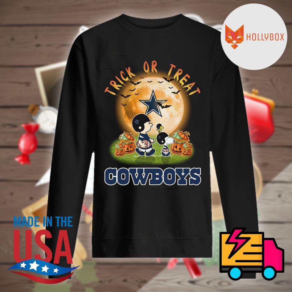 Dallas Cowboys Peanuts Snoopy trick or treat pumpkin moon Halloween s Sweater