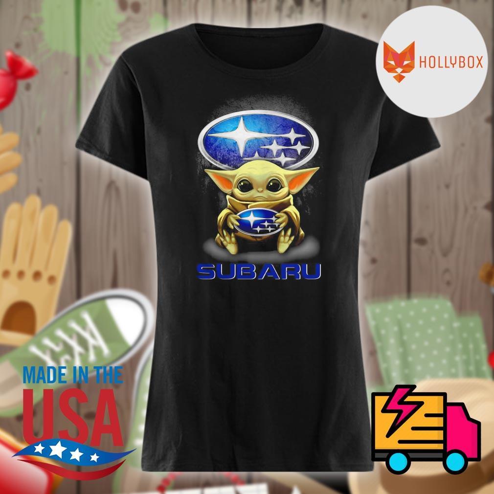 Baby Yoda hug Subaru s V-neck